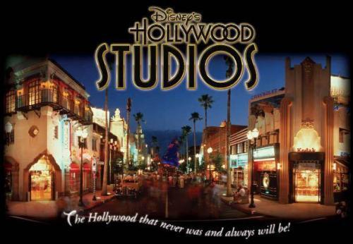 Disney_World_Hollywood_Studios_Night_view_