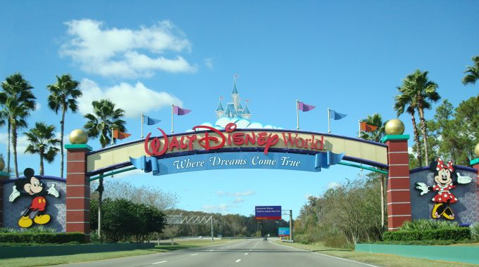 12 TIPS FOR PARKING AT THE WALT DISNEY WORLD