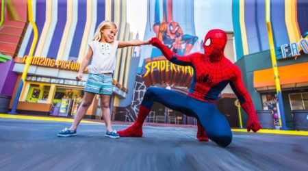 Universal_Spiderman_Girl_1800px