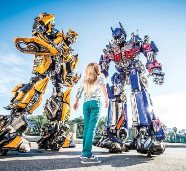 Universal-Transformers-Girl-1600px